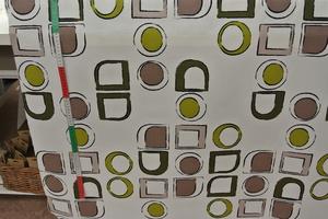 Ljus botten med gröna fyrkanter