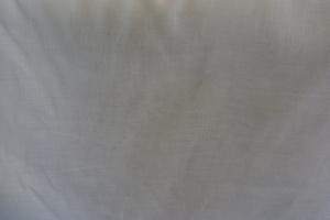 Kinnamark Vejby  vit enfärgad med struktur