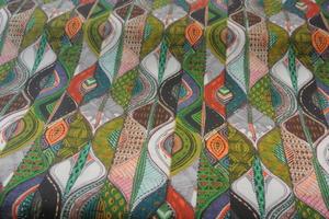 ljus botten med afrika mönster i många färger