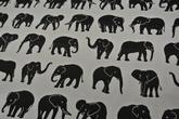 ljus botten med elefanter